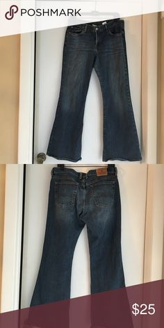 Lucky Brand Jeans size 12/31 Lucky Brand jeans size 12/31 never worn comes from smoke free home Lucky Brand Jeans Flare & Wide Leg