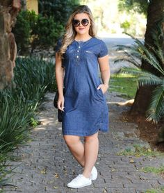 Plus size outfits Jean Dress Outfits, Maternity Dress Outfits, Pregnancy Outfits, Maternity Wear, Maternity Fashion, Casual Outfits, Jeans Gown, Clothes For Pregnant Women, Fashion Mode