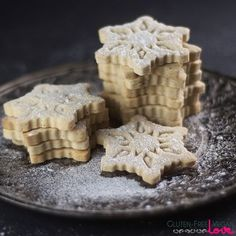{Gluten-Free, Vegan, Refined Sugar-Free} This basic gluten-free vegan vanilla cut-out cookies recipe is super easy to make and is perfect for gifting and h