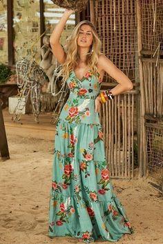 dedfa5d433b 1260 Most inspiring Maxi dresses images in 2019