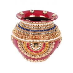 Kalash decorated just like a very heavy sari border which giving it a very royal look. Kalash Decoration, Thali Decoration Ideas, Diwali Decorations, Wedding Decoration, Pottery Painting Designs, Paint Designs, Diy Arts And Crafts, Hobbies And Crafts, Coconut Decoration