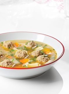 Pork Meatball Soup - added water chestnuts, swapped coriander for pork balls spices, added soy sauce, bok choy and ginger. Chili Recipes, Pork Recipes, Cooking Recipes, Healthy Recipes, Meatball Recipes, Healthy Food, Ricardo Recipe, Pork Soup, Pork Meatballs