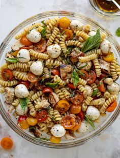 Dinner Dishes, Pasta Dishes, Side Dishes, Main Dishes, Caprese Pasta Salad, Pasta Salad With Chicken, Caprese Chicken Pasta, Balsamic Chicken Pasta, Spiral Pasta