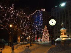 Portland ME: Christmas, Monument Square