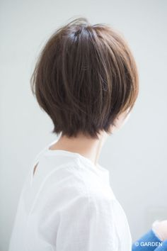New Bob Haircuts 2019 & Bob Hairstyles 25 Bob Hair Trends for Women - Hairstyles Trends Short Hair With Bangs, Short Hair Cuts, Short Hair Styles, Thick Hair, Japanese Short Hair, Bob Hairstyles For Fine Hair, Short Female Hairstyles, Japanese Hairstyles, Korean Hairstyles