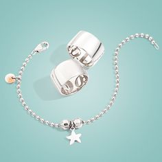 Happiness stripped down to its stylish bare essentials Bare Essentials, Pomellato, Four Leaf Clover, 25th Anniversary, Jewerly, Jewelry Bracelets, White Gold, Happiness, Rose Gold