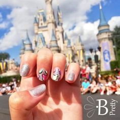 Make your nails as happy as the happiest place on earth! Colorful, pastel mouse ears on silver shimmer will add an extra pep in your step. Mickey Mouse Nails, Mickey Mouse Christmas, Christmas Nail Art, Disney Nerd, Disney Tips, Disney Disney, Mickey Mouse Nail Design, Disney World Packing, How To Pop Ears