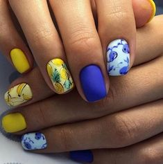 62 Most Beautiful And Lovely Yellow Color Nails Inspirational Ideas For Prom And Wedding - Page 40 of 63 - Coco Night Sexy Nails, Hot Nails, Trendy Nails, Yellow Nails Design, Yellow Nail Art, Hot Nail Designs, Wedding Manicure, Fabulous Nails, Beautiful Nail Art