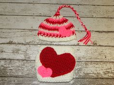 Valentine's Pixie elf hat and heart bum by TrebleStitchBoutique, $30.00