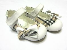 Burberry Kids Shoes,kids shoes for wedding Burberry Kids, Burberry Shoes, Wedding Shit, Little People, Kid Shoes, Baby Baby, Cute Kids, Kids Fashion, Babe