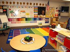 Chalk Talk: A Kindergarten Blog: Pre-K Spaces and Places- such an amazing look at how to set up a 4K or 5K classroom!