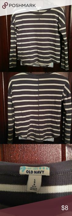 Grey white striped shirt 👚 Old navy girls size 10/ 12 brand new never worn Old Navy Shirts & Tops
