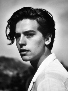cole sprouce and dylan sprouce Just a load of hot pics of Cole Sprouse, or Jughead from Riverdale, also shirtless. Sprouse Cole, Sprouse Bros, Cole Sprouse Funny, Cole Sprouse Jughead, Dylan Sprouse, Dylan Et Cole, Cole Sprouse Aesthetic, Cole Sprouse Wallpaper, Cole Spouse