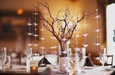 Resultado de imagen para centros de mesa con copas altas