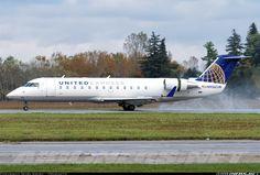 Bombardier CRJ-200LR (CL-600-2B19) aircraft picture