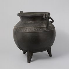 Caldron Date: 13th or 14th century Culture: French or South Netherlandish Medium: Bronze and wrought iron Dimensions: 29 lb. (13154.3g) Height: 14 3/4 in. (37.5 cm) Diameter: 13 1/2 in. (34.3 cm) Diam. of rim: 10 1/4 in. (26 cm) Classification: Metalwork-Bronze