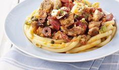 Μπουκιές κοτόπουλου σε σάλτσα φρέσκιας τομάτας, φέτα & σαλάμι