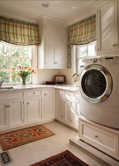 Laundry with elevated W/D