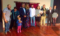 Ganadores, corporación y organizadores del V Certamen internacional de poesía Yolanda Sáenz de Tejada. Magnífico evento donde el autor es recibido como lo que es, una estrella que ilumina las emociones.