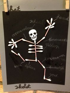 46 best human body craft images in 2016 Halloween Classroom Decorations, Halloween Crafts For Kids, Halloween Art, Skeleton Craft, Skeleton Drawings, Q Tip Art, Human Body Crafts, Body Preschool, Bone Crafts