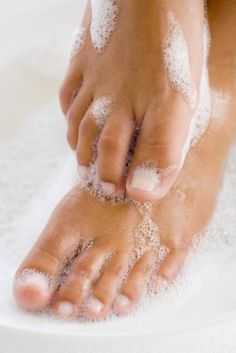 How to Do a Professional Pedicure