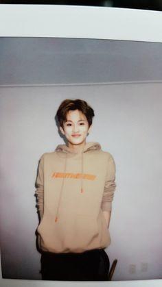 Image about kpop in NCT aesthetic by valerye ️ Mark Lee, Taeyong, Jaehyun, Nct Dream Renjun, L Wallpaper, Nct 127 Mark, Lee Min Hyung, Jisung Nct, Kpop Aesthetic