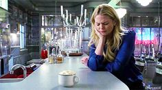 Emma Swan doing magic. Makes me smile every time! | Jennifer Morrison - Once Upon a Time