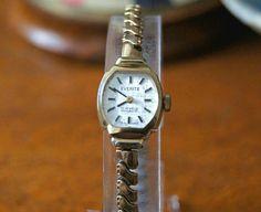 8fc83995a53 Art Deco Gold Plated Bracelet Watch By Everite - Expanding Bracelet - 17  Jewel Swiss Movement - Swiss Art Deco Cocktail watch