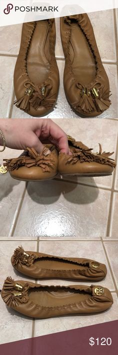 TORY BURCH TAN FLATS WITH TASSLE SIZE 7.5 TORY BURCH TAN FLATS WITH TASSLE SIZE 7.5. EXCELLENT CONDITION — ONLY WORN A HANDFUL OF TIMES. SO COMFORTABLE! COMES WITH TORY BURCH DUSTBAG. RETAILS FOR $225. OPEN TO OFFERS! Tory Burch Shoes Flats & Loafers