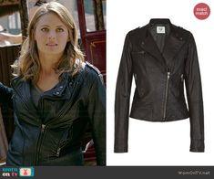 Kate's leather moto jacket on Castle.  Outfit Details: http://wornontv.net/40673/ #Castle