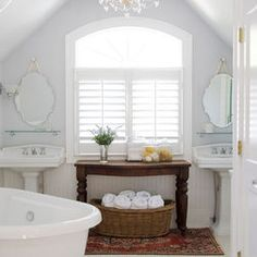 Bathrooms - I've always loved pedestal sinks!