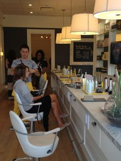 Dry Bar.  Los Angeles, California.  Love the yellow accents.