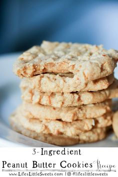 Peanut Butter Cookies are easy to make with peanut butter, an egg and sugar. They are flour-free and make the most delicious, classic, chewy peanut butter cookies. Enjoy them as is or drizzled with chocolate. Brownie Recipes, Cookie Recipes, Dessert Recipes, Sweets Recipe, Bar Recipes, Kitchen Recipes, Dessert Ideas, Free Recipes, Keto Recipes