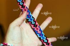 Preciosa pulsera de macramé de aire étnico. Precio: 8€ Contacto: bykoms.accesorios@gmail.com