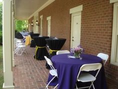 The verandah of Maney Hall makes a lovely location for an outdoor cocktail reception!