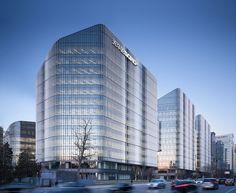 gmp-Ensemble in Peking / Schräge Dächer in Guanghualu - Architektur und Architekten - News / Meldungen / Nachrichten - BauNetz.de