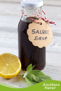 Make sage syrup yourself - with two simple ingredients- Salbei-Sirup selber machen – ganz einfach mit zwei Zutaten Sage syrup is fast made and long lasting. In case of a cold, it helps to relieve unpleasant symptoms and supports healing. Drinks Alcohol Recipes, Alcoholic Drinks, Health Snacks, Herbal Medicine, Diy Food, Natural Health, Natural Remedies, Herbalism, Food And Drink