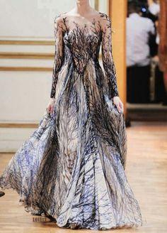 Quite unique yet exquisite dress...