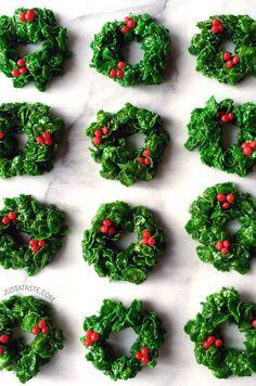 Marshmallow Christmas Wreaths #recipe on justataste.com