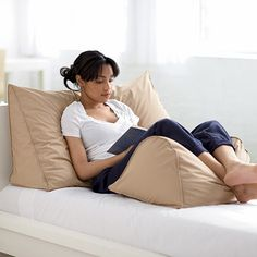 Reading Wedge Firm, 95% Feather/5% Down Reading Wedge Pillow | The Company Store