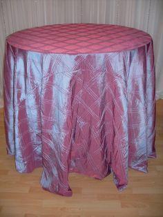Mauve Triple Pintuck #linen #texture #chairdecor #linenfactory #event #finelinen #tabledecor