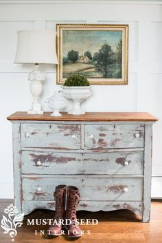 Distressed dresser makeover - Miss Mustard Seed #mmsmilkpaint (Custom color 1/2 Trophy + 1/2 Shutter Gray)
