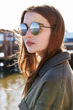 Famous Metal Round Sunglasses - Urban Outfitters