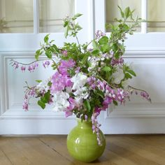Bouquet with Apple blossom, bleeding heart and sweet pea.