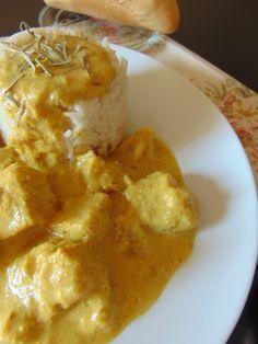 POLLO AL CURRY CON MANZANA Comida India, Chicken Salad Recipes, Cauliflower, Health Fitness, Food And Drink, Vegan, Vegetables, Cooking, Desserts