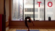 Standing back bend with feet together yoga tutorial. Insta: talia_sutra