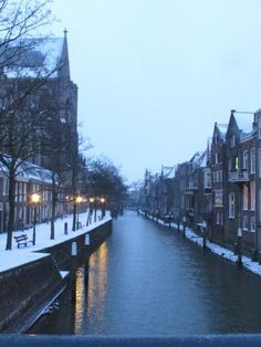 Dordrecht winter 2013 ♥ Family Roots, Winter Pictures, Homeland, Childhood Memories, Netherlands, Dutch, Places To Go, Europe, Train