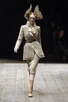 "Alexander McQueen Collection: ""The Widows of Culloden"" (Fall - RTW - 2006)"