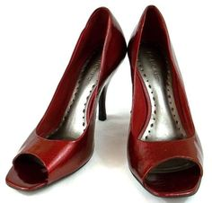 BCBG Shoes Womens Size 8 B Red Patent Leather Open Toe Kitten Heels #BCBGirls #KittenHeels