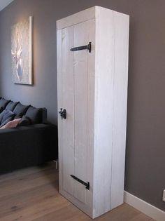Bekijk de foto van Anoukkooijker met als titel mooie kast om zelf te maken en andere inspirerende plaatjes op Welke.nl.